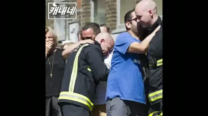 [캐내네]런던 아파트 화재후…