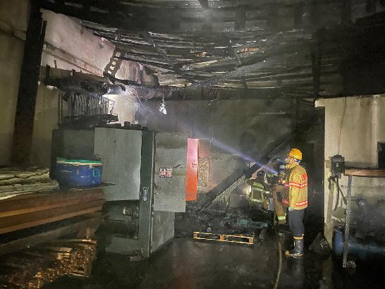 부산 대저동 목재 가공공장 화재, 150만원 피해